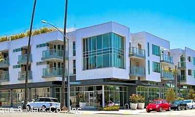 3008 Santa Monica Blvd, 0
