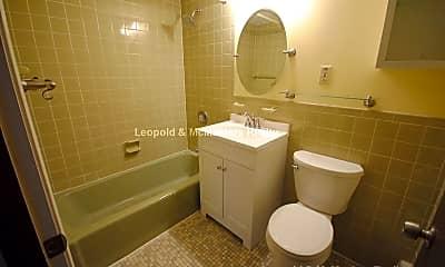 Bathroom, 99 Pleasant St, 2