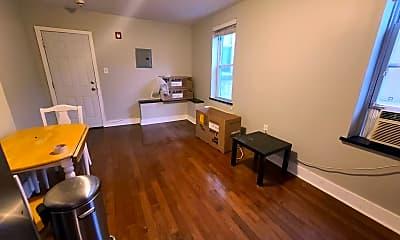 Living Room, 2228 Fairmount Ave, 0