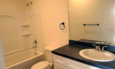 Bathroom, 6963 Woodward Ave, 1
