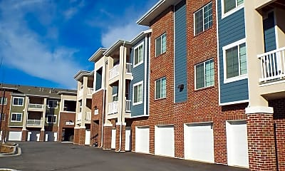 Building, Outlook Apartment Homes, 0