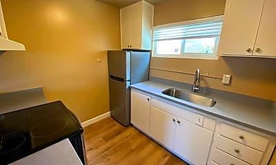 Kitchen, 215 S 12th St, 0