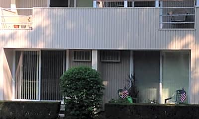 Walnut Hill Apartments, 2