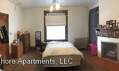 Bedroom, 103 N Quarry St, 1
