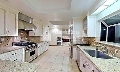 Kitchen, 19147 Loree Ave, 1