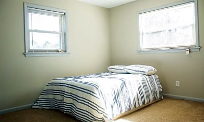 Bedroom, Room for Rent -  a 9 minute walk to bus 24 near Me, 2