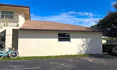 Building, 23 SE 12th St 202, 2