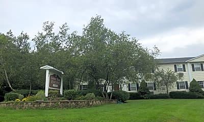 Colonial Manor Apts, 1
