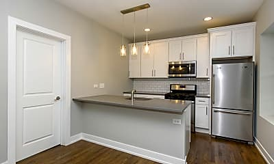 Kitchen, 4751 N Leavitt St, 1