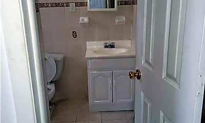 Bathroom, 155-22 114th Rd 2, 1