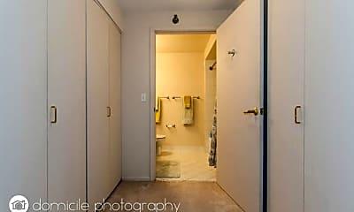 Bathroom, 345 N LaSalle St, 0