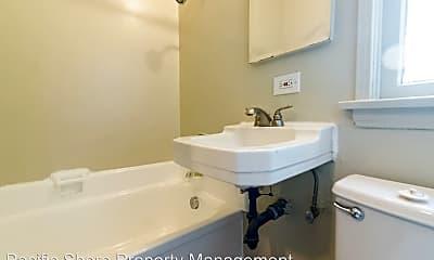 Bathroom, 1071 S Curson Ave, 2