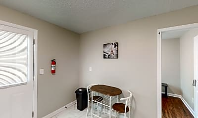 Room for Rent - Orchard Knob Home, 0