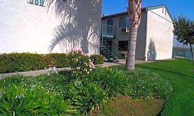Arbor Apartments, 1