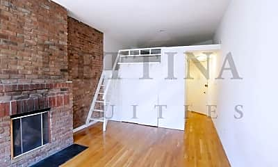 Living Room, 425 E 77th St, 1