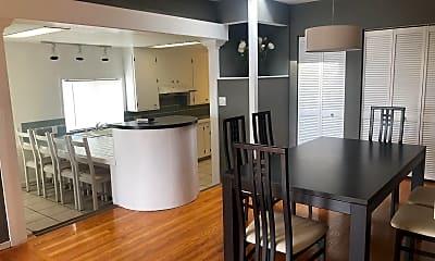 Kitchen, 1242 Everett St, 0