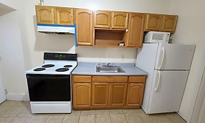 Kitchen, 517 N 38th St, 2