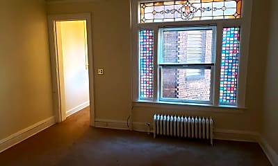 Living Room, 721 E 1st St, 1