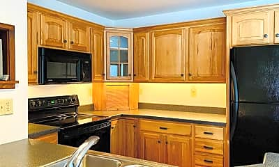 Kitchen, 2825 Best Ln, 1