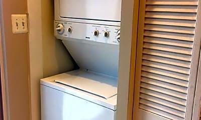 Bathroom, 402 Franklin St NW, 2