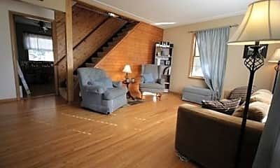 Bedroom, 3643 Main St. NE, 1