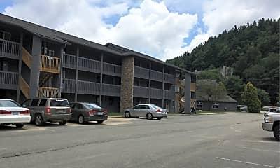 College Place Condominiums, 2