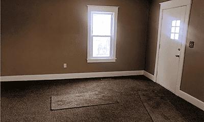 Bedroom, 40 Strawbridge Ave, 2