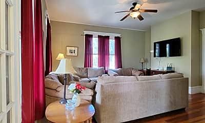 Living Room, 21 Marion St, 1