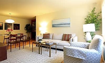 Living Room, 124 Milligan Rd, 1