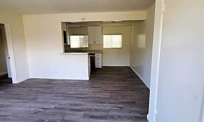 Living Room, 332 Standard St, 1