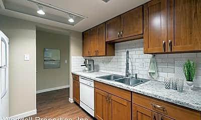 Kitchen, 907 Aberdeen Ave NE, 1