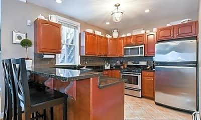 Kitchen, 542 E 8th St, 0