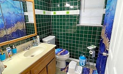 Bathroom, 4502 Frontier Trl, 2