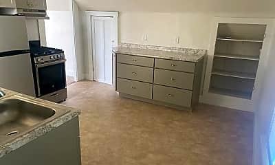 Kitchen, 194 Charlotte St, 1