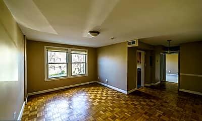 Living Room, 4408 1st Pl NE 11, 1