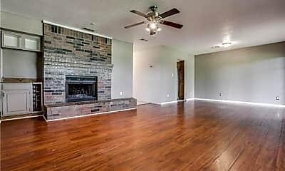 Living Room, 708 Pebble Beach Dr, 1