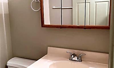 Bathroom, 3345 West Ave, 2
