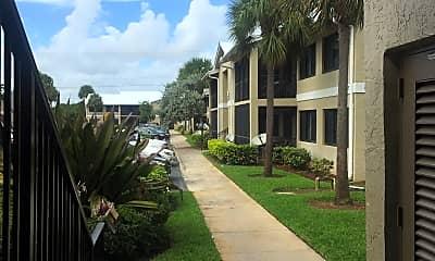 College Gardens, 2