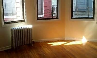 Bedroom, 90 Saratoga Ave, 2