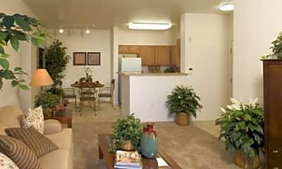 Silverado Creek Apartments, 2