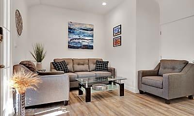 Living Room, 5073 Edgewood Pl 4, 1