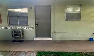 317 N 61st Terrace 7, 1