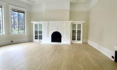 Living Room, 6232 Fulton St, 1