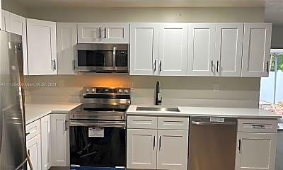 Kitchen, 3617 SW 25th Terrace A, 2