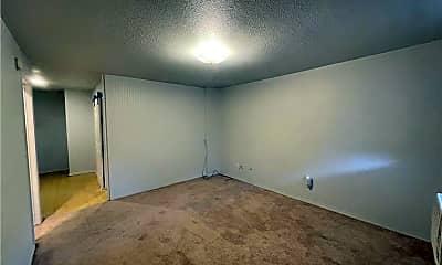 Bedroom, 269 E Pickens Rd 3, 1