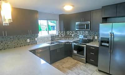 Kitchen, 2833 E Arthur Pl, 1