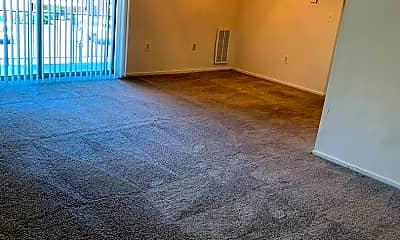 Living Room, 14002 Cove Ln, 2