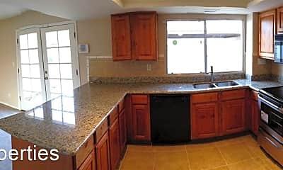 Kitchen, 5106 S Birch St, 2