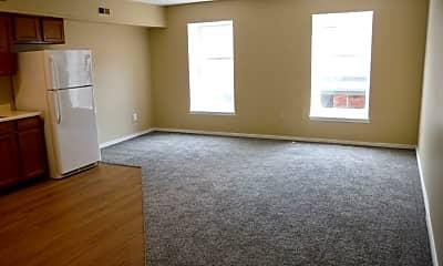 Living Room, 425 Glen St, 1