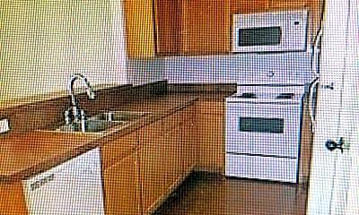 Kitchen, 8128 W Elizabeth Ln, 2